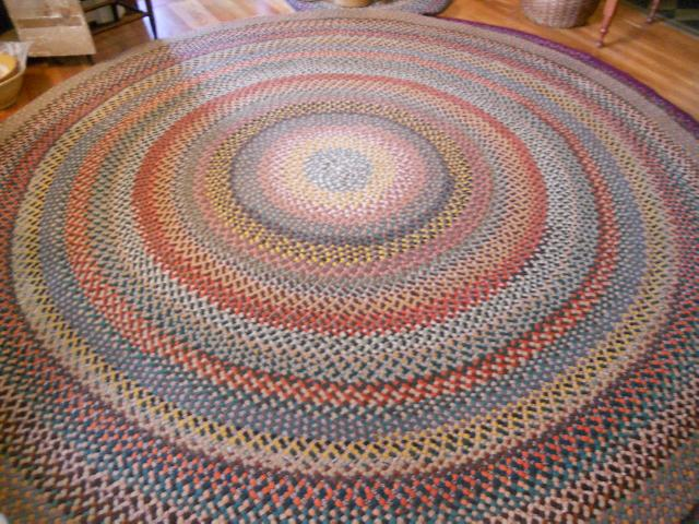 Best Handmade Braided Rug Beautiful Colors In Ex Condition 10ft Round